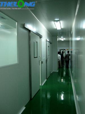 cửa phòng sạch PNTL01