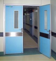 Cửa bệnh viện mở 2 cánh